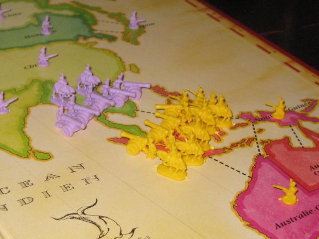 liaison asie oceanie, deux armées s'affrontent